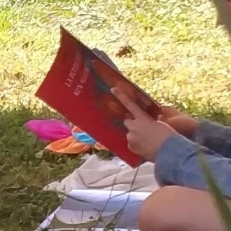 lecture-calme-salon-bien etre-andard-enfants-detente